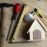Czy zakup narzędzi stanowi koszt uzyskania przychodu ze sprzedaży nieruchomości?